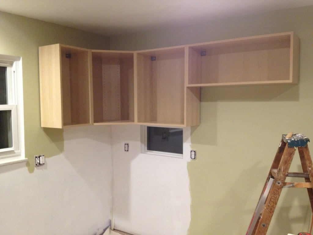 Building an upper kitchen cabinet for Building kitchen cabinets