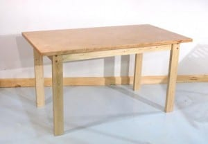Simple Writing Desk Table